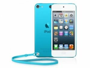 Apple iPod Touch 5G 64GB голубой ― kupilslona.ru